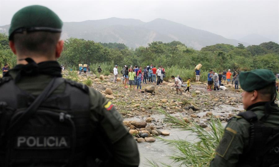 policia colombia frontera con venezuela