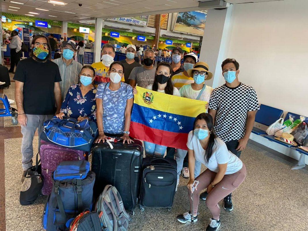 venezolanos varados republica dominicana