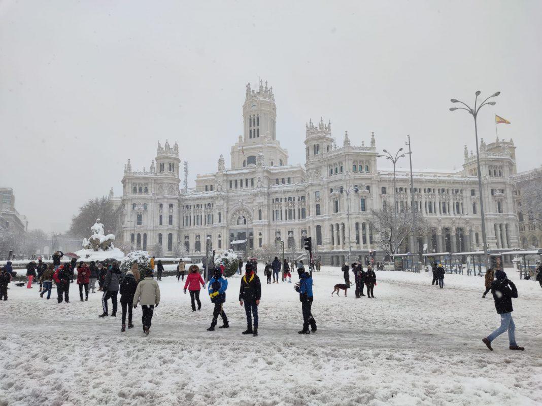 El Ayuntamiento de Madrid nevado