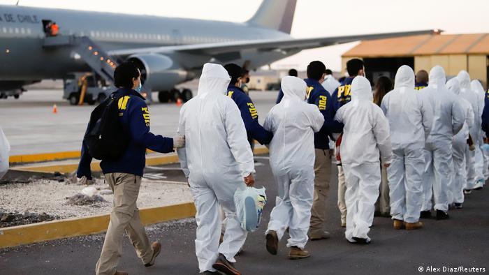 Venezolanos llegaron a Chile con el objetivo de trabajar y los expulsaron