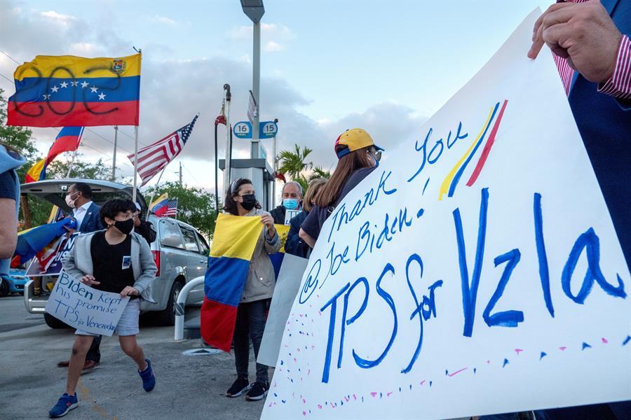 En Miami, los venezolanos celebraron el otorganiento del TPS